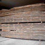 Eichenholz für Kirchenstühle auf Lager für Herstellung von hölzernen Kirchenstühlen